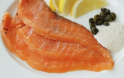 Maridatge: peixos fumats i vins